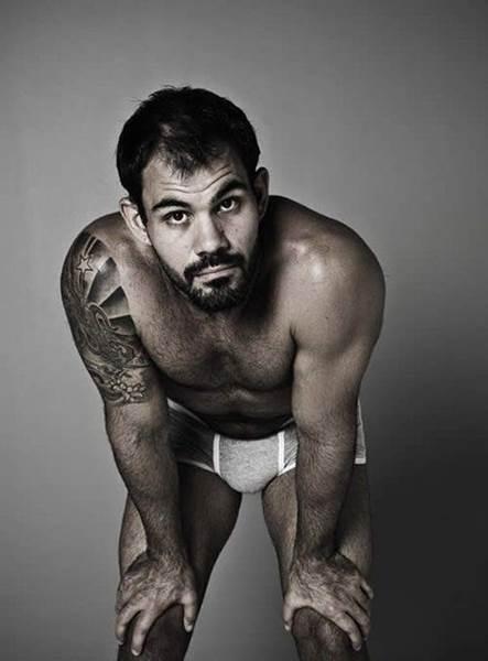 homens famosos pelados na vazam na web - juliano cazarré