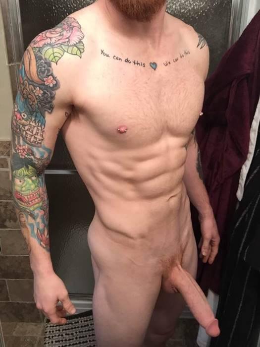 Homens pelados – Ruivo Gato dotado em fotos